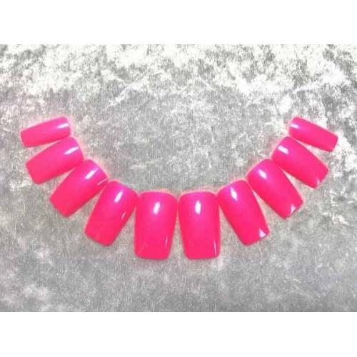 Künstliche Fingernägel in Pink, Zubehör & Make-Up