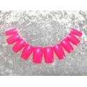 Artificial fingernails in pink