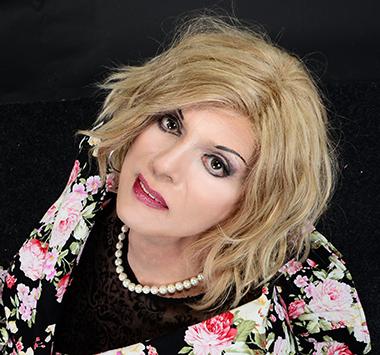 Alexandra (aufgenommen im Fotostudio Elli Hunter)