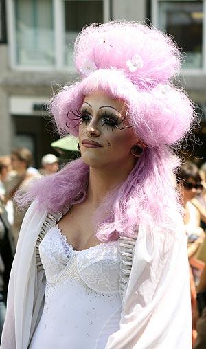 Drag Queen auf der CSD München im Jahr 2011